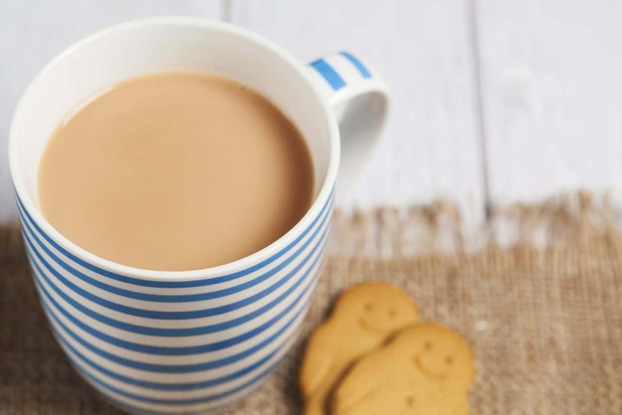 classic-english-milk-tea-e1555314628865-8914187