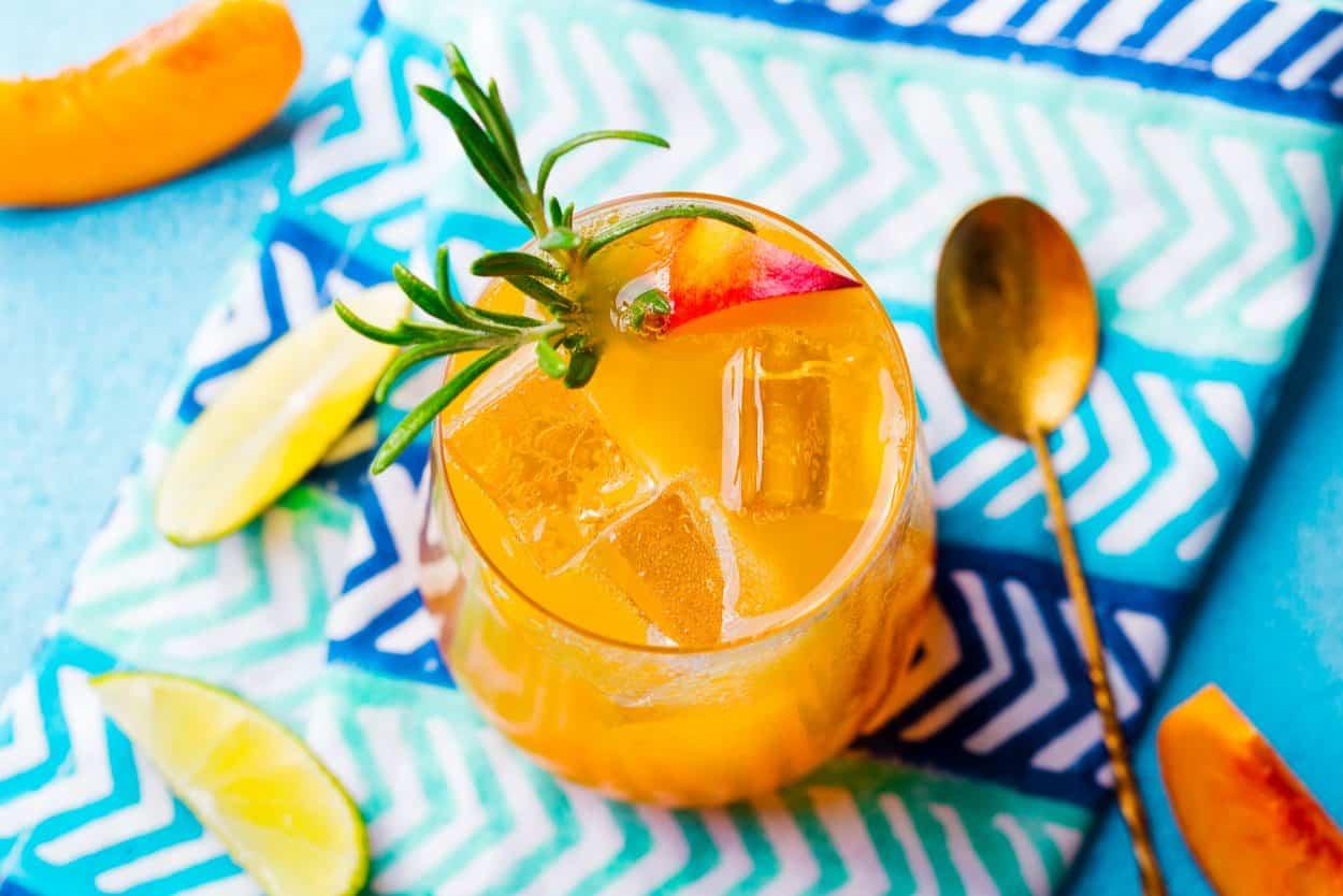 peach-milk-tea-e1555323321866-7593559