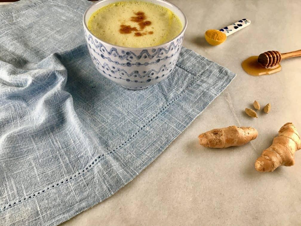 turmeric-ginger-tea-e1560586344759-9543789