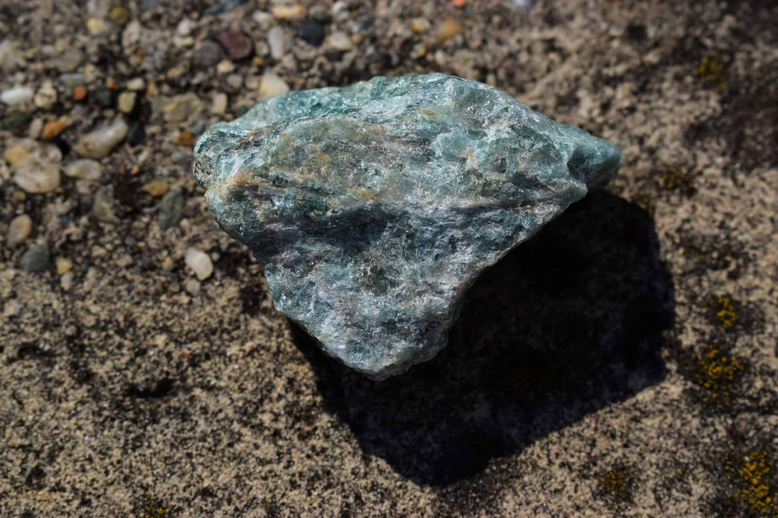 Green Apatite Meaning And Healing Properties
