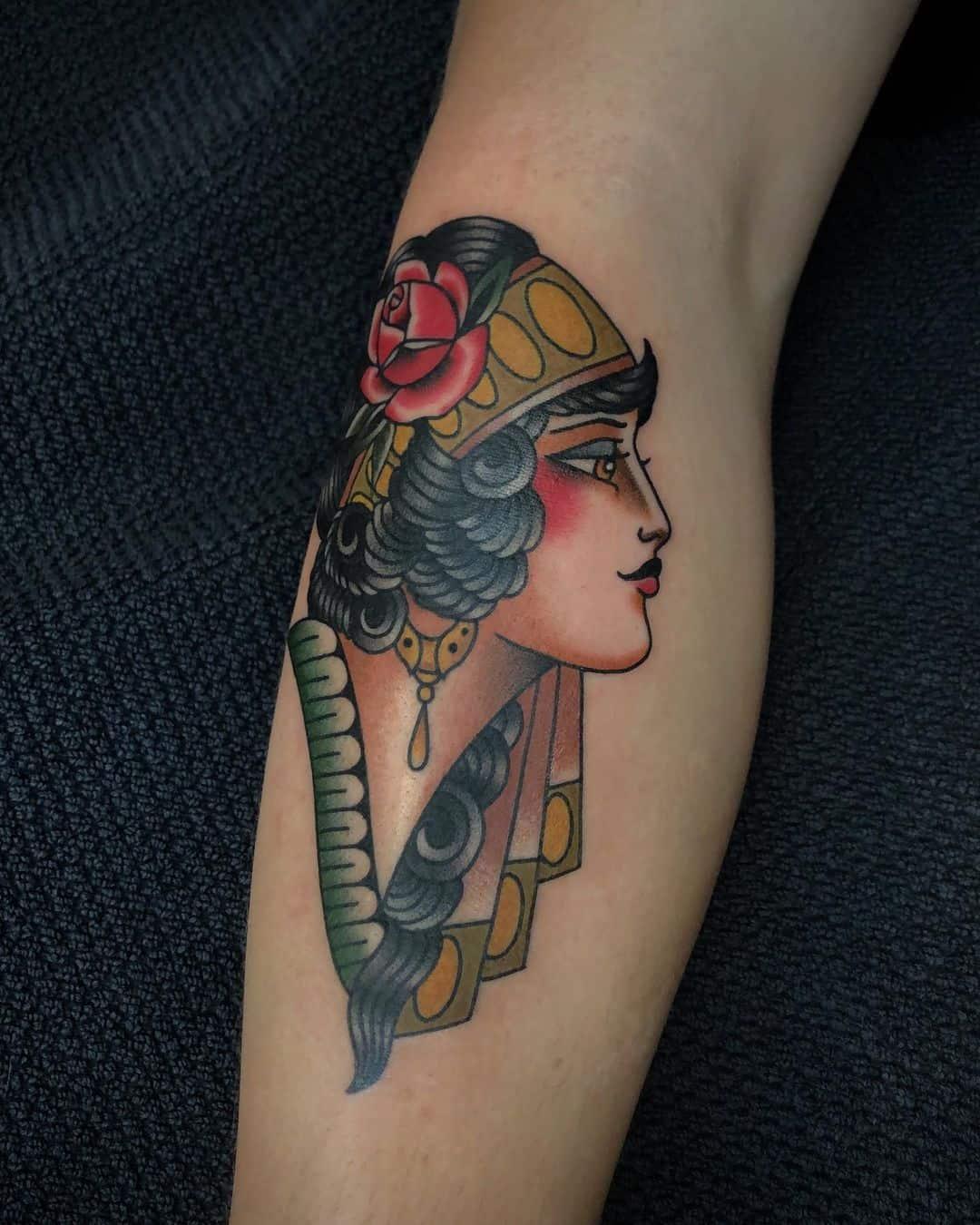 gypsy-woman-1