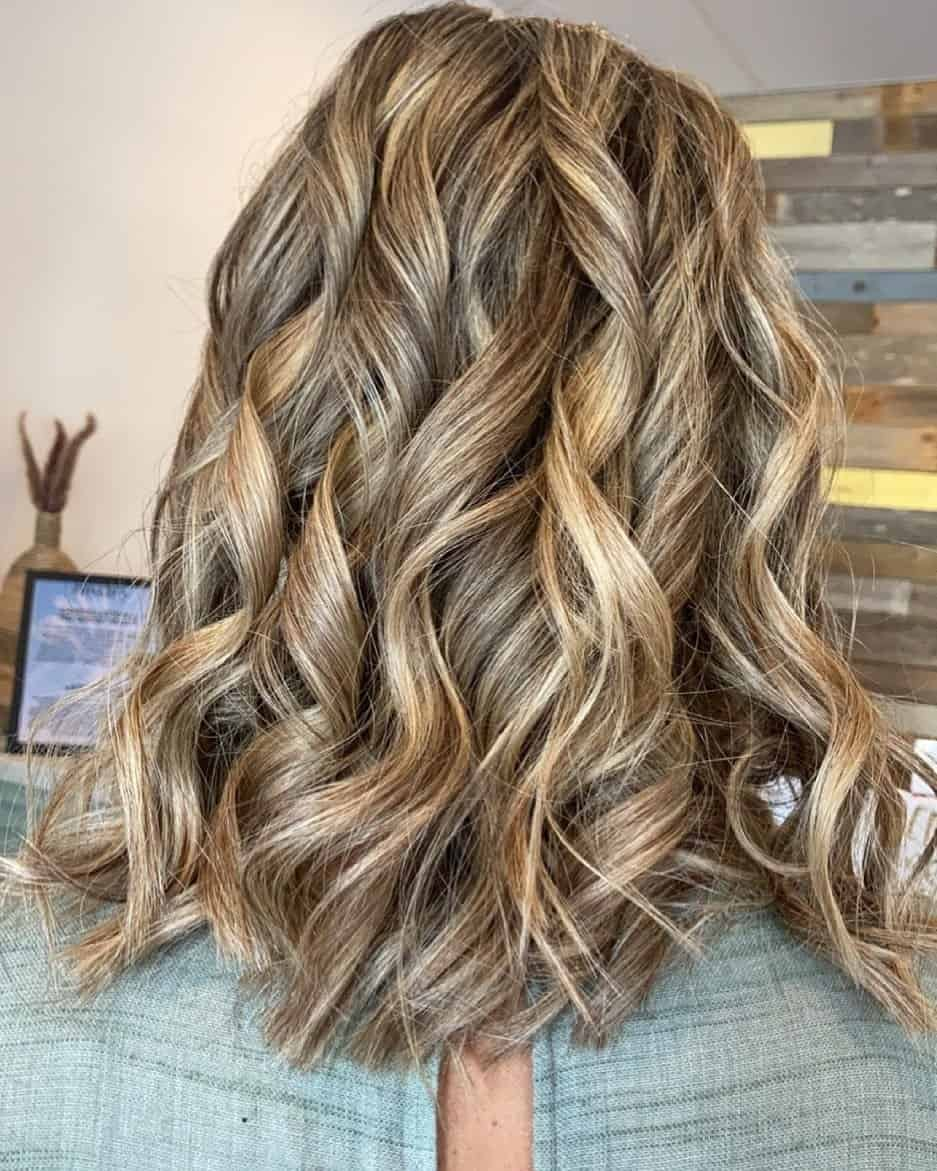 Balayage Hairstyle For Mom Of The Bride