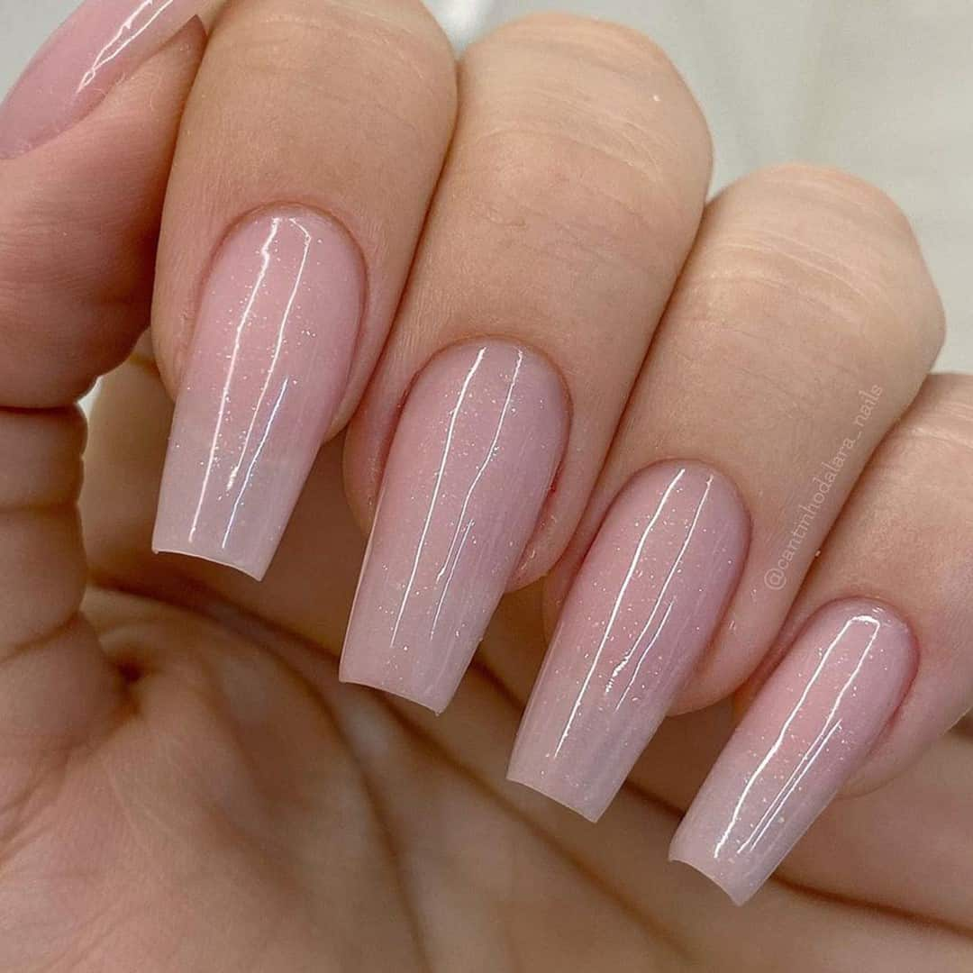 Coffin Nails Nude Shiny Look