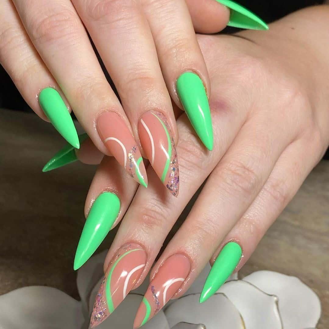 Dramatic Stiletto Nails Green Color