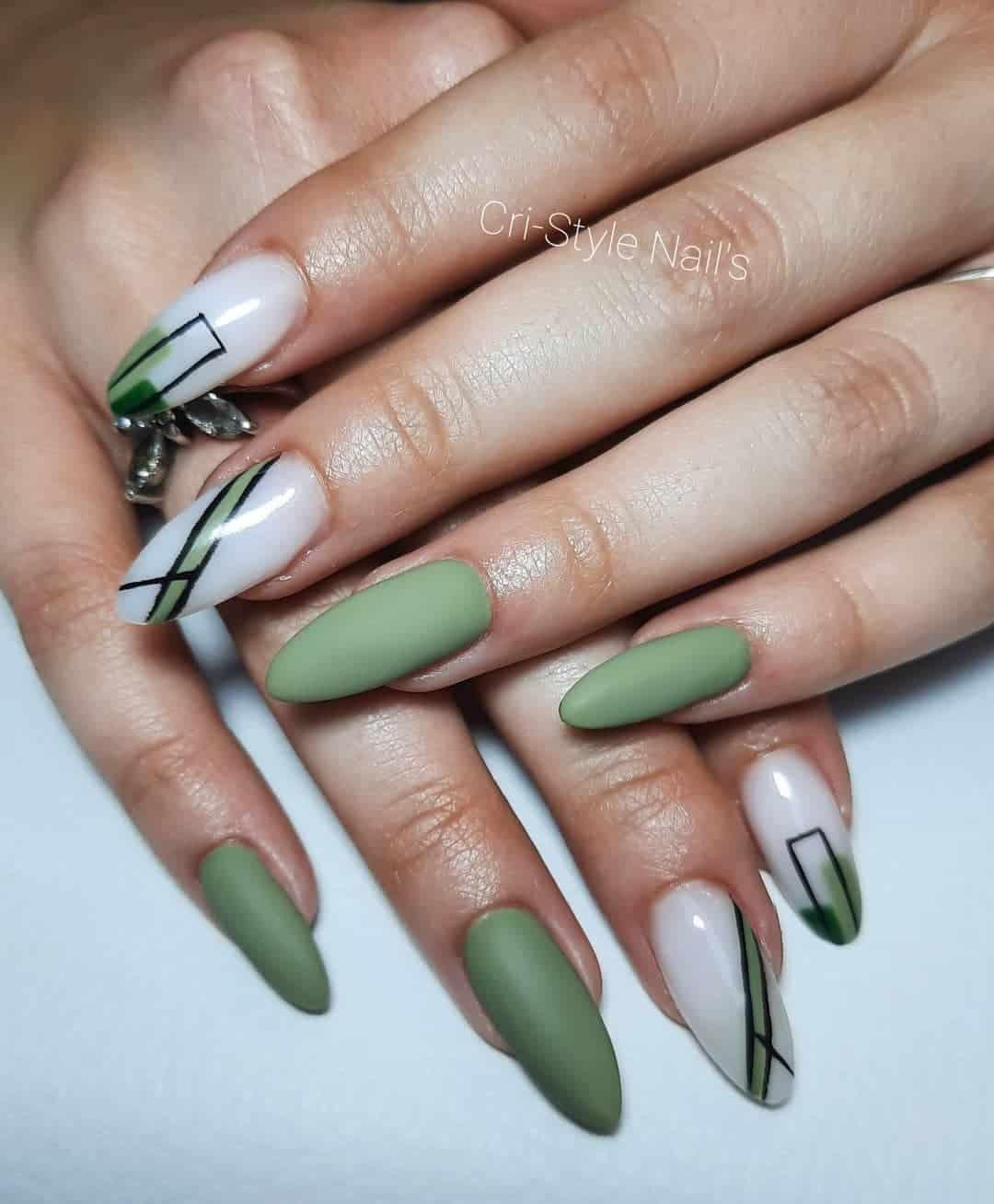 Green Matte Nails Art