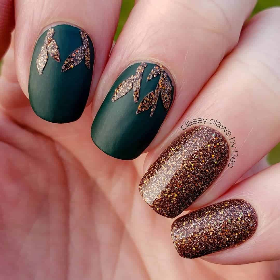 Green Matte Nails With Glitter