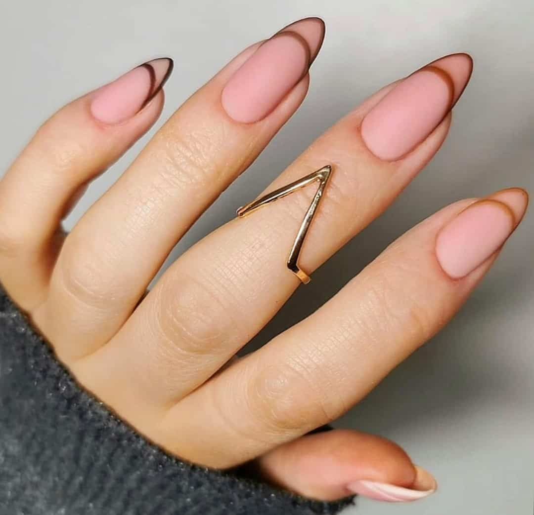 Nude Nails With Brown Lines Matte Print