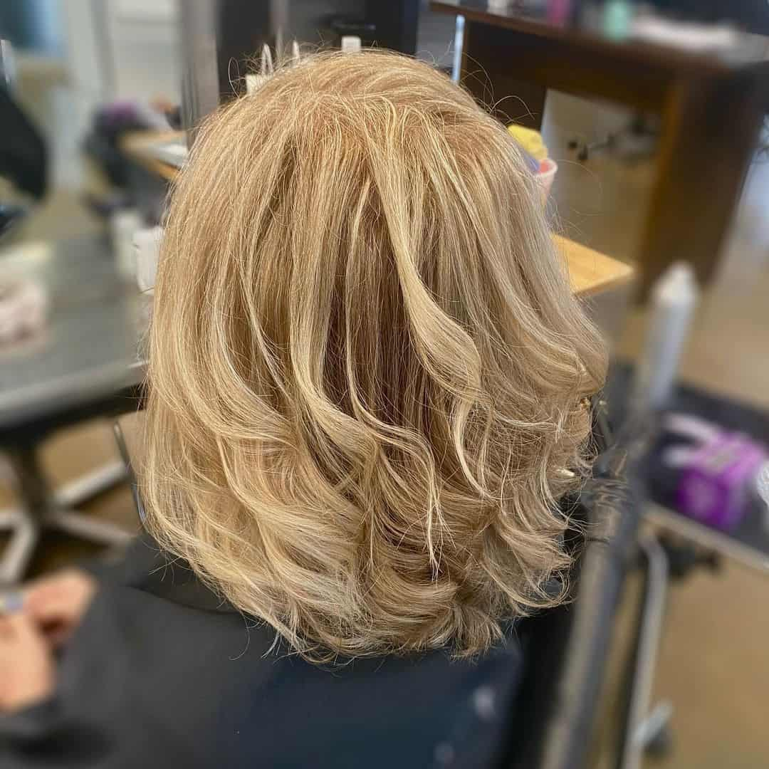 Wavy Blonde Blowout